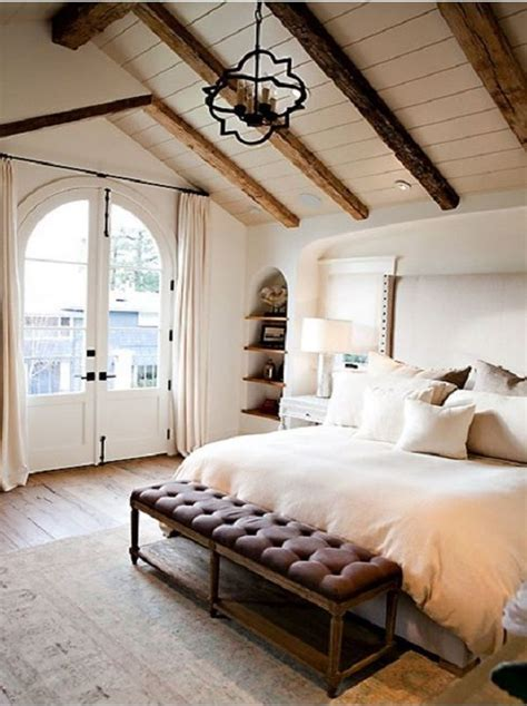how to decorate a master bedroom on a budget the best of vaulted ceilings bedrooms 21322 | c8e3d344288ea13462ed570f7c84bb01 vaulted ceilings with beams vaulted ceiling decor