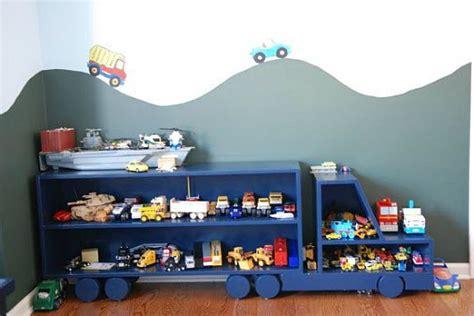 peindre une chambre avec deux couleurs etagère camion pour chambre de garçon