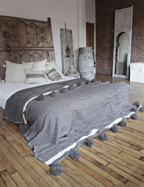 ethnic moroccan bedroom  modern patterns homemydesign