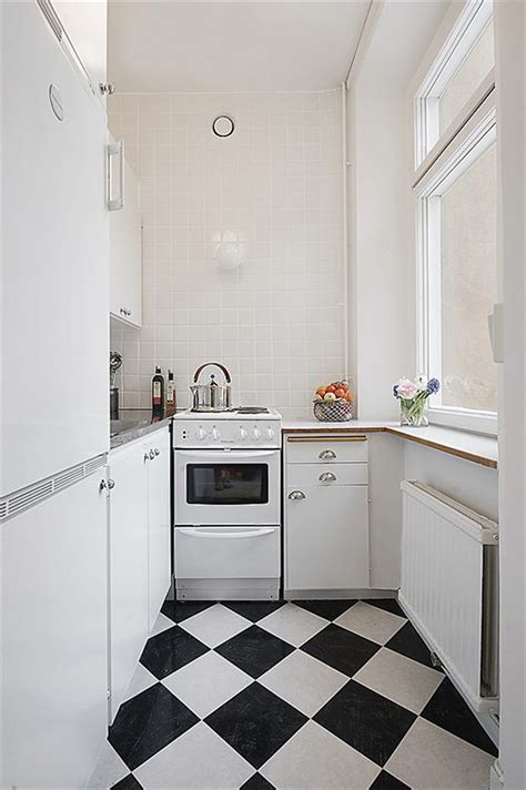 black white kitchen tiles  grasscloth wallpaper