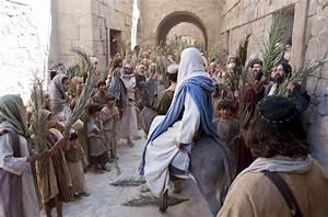 jesus-christ-triumphal-entry-949744-wallpaper.jpg