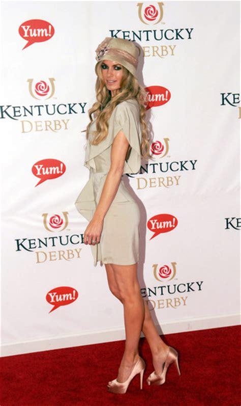 celebrity hotties  big kentucky derby hats