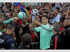 Cristiano Ronaldo says 'it hurts to see Lionel Messi in
