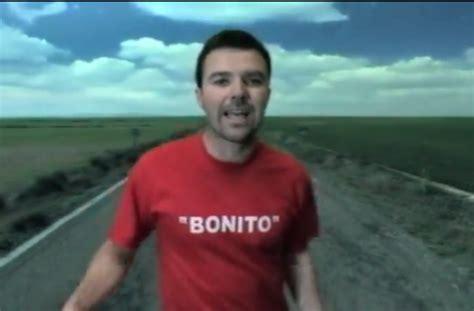 """""""bonito"""" Por Jarabe De Palo"""