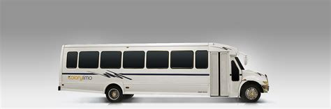 Limo Shuttle Service by Shuttle Rental Houston Fully Equipped Low Price