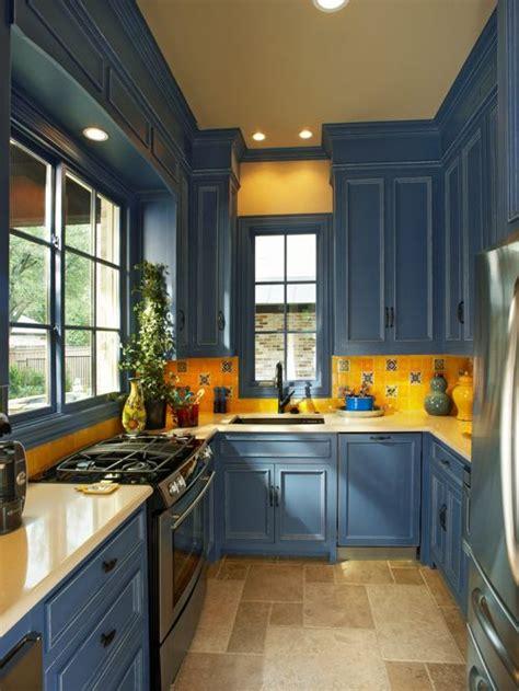 yellow backsplash kitchen blue kitchen cabinets houzz 1206