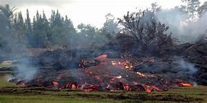 Lava Flows Slows Near Pahoa On Kilauea  Town Waits