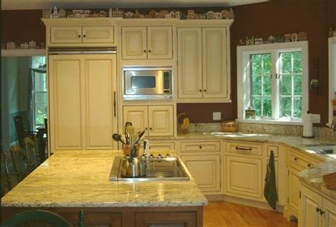 pictures of painted kitchen cabinets buttercream kitchen cabinets buttercream painted and 7481