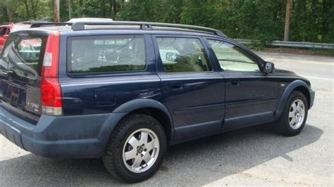 sell   volvo xc awd wagon leather moonroof