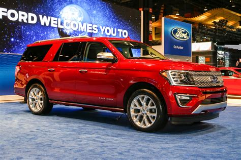 ford expedition   review bigger  lighter