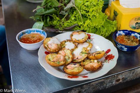 Banh Khot  Glorious Vietnamese Crispy Pancakes