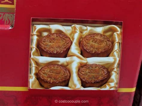 joy luck palace double yolk moon cakes