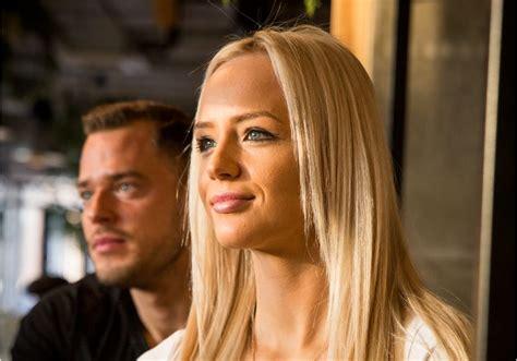 Daiļā un slavenā modele Paula Freimane piedāvā Latvijā pirmo fitnesa aplikāciju   Kokteilis.lv