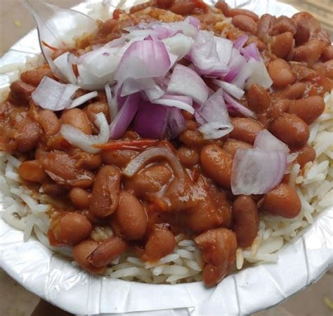 Daulat ki chaat, Old Delhi | Food, Street food, Indian ...