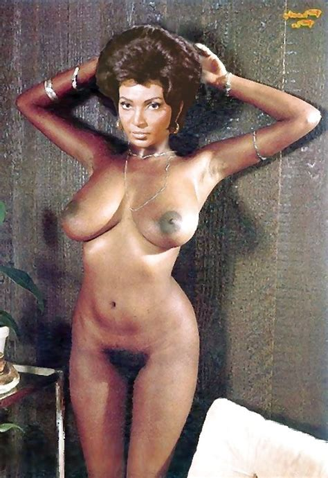 Hot Sci Fi Tv And Film Babes From The 60s And 70s 17