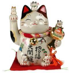 fortune cat the many faces of maneki neko the lucky cat kawaii