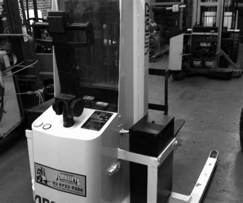 walkie stackers pallet movers forklifts