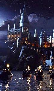 [48+] Hogwarts Wallpaper iPhone on WallpaperSafari