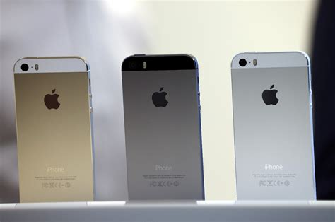 apple s new iphones iphone 5s iphone 5c babble apple iphone 5s 5c features colors price release date Fresh