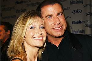 John Travolta Sends Support To Olivia Newton-John Amid ...