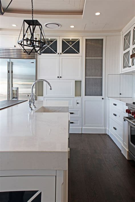 pics of small kitchen designs 180 best caesarstone calacatta nuvo images on 7434