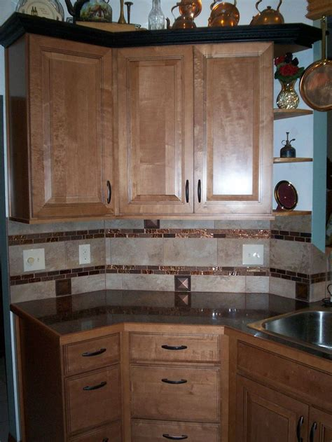 pictures of kitchen with white cabinets 11 best kitchen drawers images on wood 9114