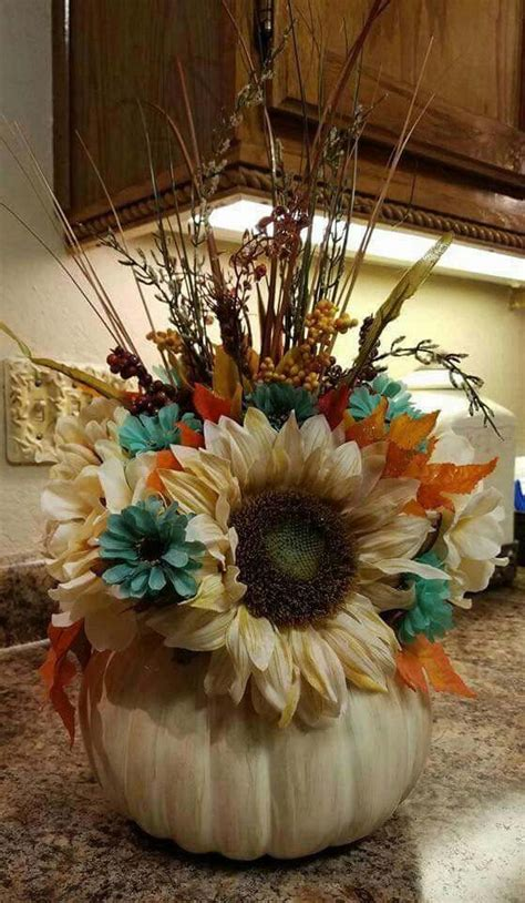 top  cool  budget friendly thanksgiving centerpiece