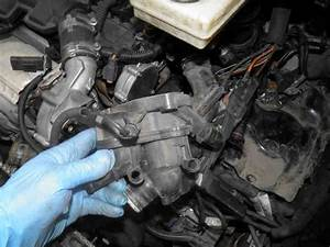 How To Replace The Thermostat Of An Ep6 Engine