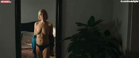 Trine Dyrholm Desnuda En Queen Of Hearts