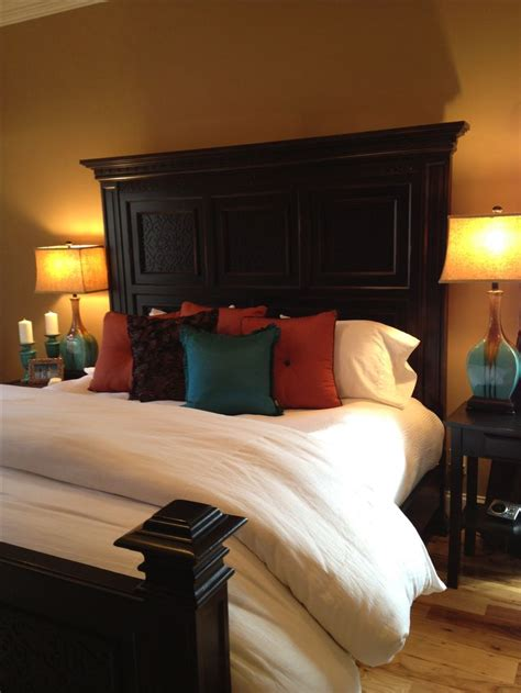 Burnt Orange Bedroom by White Bedding With Brown Burnt Orange And Turquoise