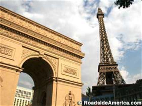 size eiffel tower  size arc de triomphe las