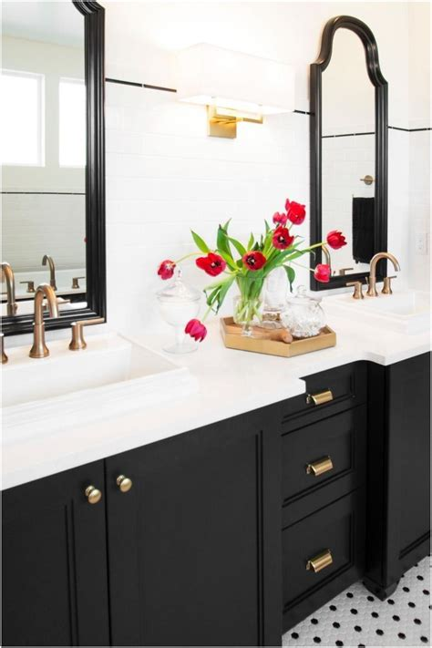 Black Cabinets Bathroom by Best 20 Black Cabinets Bathroom Ideas On Black