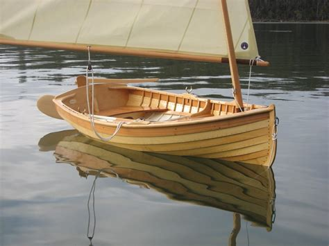 gartside  traditional clinker dinghy