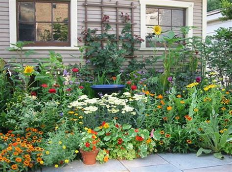 25+ Best Ideas About Herb Garden Design On Pinterest