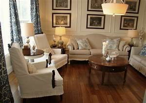 A formal living room again using the molding on the for Tips for formal living room ideas