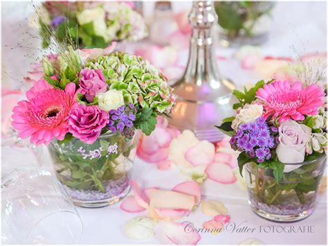 Blumen Für Tischdeko by Blumen Tischdeko Sommer It Is Summer Tischdeko