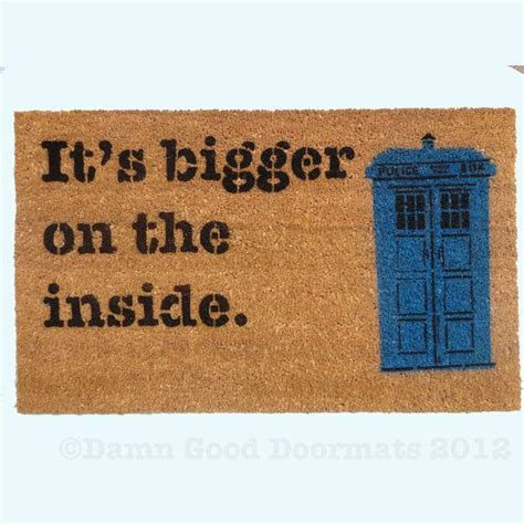 dr who doormat text only bigger on the inside doormat geekery fan
