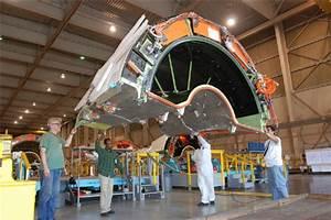 Goodrich Thrust Reverser For The Boeing 787 Dreamliner