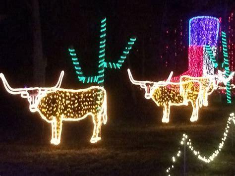 merry longhorn christmas hook em horns pinterest