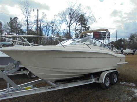 Boats Unlimited New Bern by 2016 Scout 225 22 Foot 2016 Scout Motor Boat In New Bern