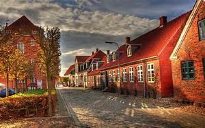 바탕 화면 다운로드 2560x1600 유럽 건물, 집, 거리, 가을 아침 HD 배경