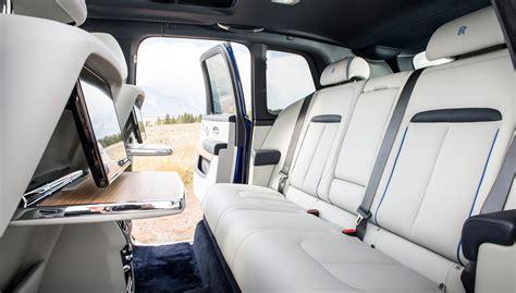 Hacer un vehículo de lujo, que sea capaz de llegar donde llega el nuevo cullinan y. Rolls-Royce Cullinan (2018) review: rocks and a Roller ...