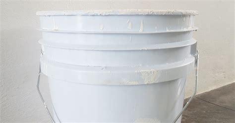 ma maison au naturel que faire avec un vieux pot de peinture