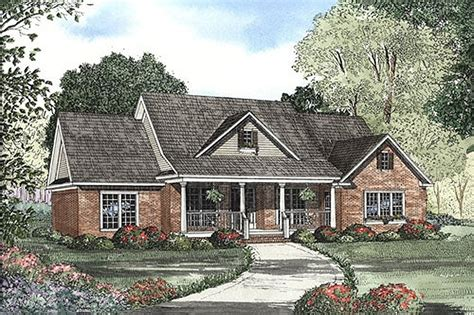 Country Style House Plan 4 Beds 3 5 Baths 2261 Sq/Ft