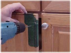 Cabinet Door Handle Jig by How To Install Cabinet Hardware Install Cabinet Knobs