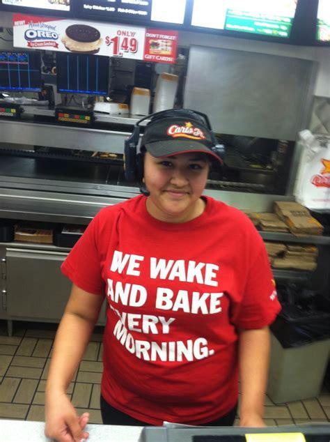 """A partir del 1 de abril 2021 puedes disfrutar nuestras nuevas y deliciosas godzilla vs kong big angus burgers ® en restaurantes carl's jr.® méxico. robbiekowal on Twitter: """"The new Carls Jr uniform. Unbelievable. http://t.co/ef6JU4pR"""""""