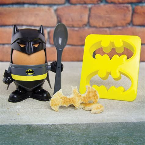 Batman Egg Cup and Toast Cutter   IWOOT
