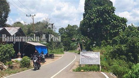 warga muara uya tabalong berrharap jalan desa diperbaiki