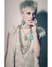 coupe de cheveux courte pour femme coupe courte coiffée décoiffée hiver 2015 les plus belles coupes courtes du moment