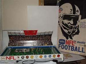 Vintage Tudor Nfl Electric Football Game Original Box